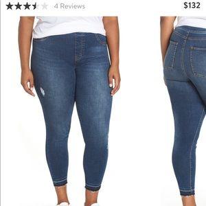 Spanx distressed denim pull on skinny jeans